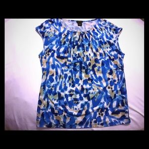 Ann Taylor size L blue sleeveless shirt / blouse